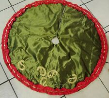 48 IN CHARTRUCE GREEN RED SILK BEADED PAISLEY TREE SKIRT CHRISTMAS DECORATION