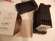 SIEMENS 7PR4040-2PB00 Zeitrelais 60sec.
