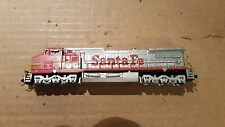 Bachmann Spectrum N scale Santa Fe GE Dash 8-40W powered loco (knuckle couplers)