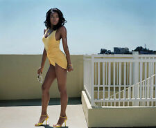 Gabrielle Union UNSIGNED photo - H5422 - Being Mary Jane, 7th Heaven & Sleepless