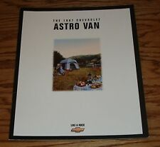 Original 1997 Chevrolet Astro Van Sales Brochure 97 Chevy