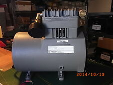 Membranpumpe Thomas Industries Model 1007CP72/B, 50Hz 230VAC 5.2A