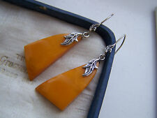 VINTAGE STERLING SILVER CARVED BUTTERSCOTCH EGG YOLK AMBER EARRINGS