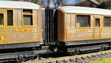 12 x 00 Gauge Hornby Railroad Gresley Corridor Connector / Bellows 4mm BR LNER