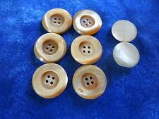 8superbes    boutons nacre  blanc ,creme  2cm      à ,2cm,5 corsage ,lvétements