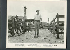 ROCK HUDSON CHECKS HIS HORSES - 1961 THE LAST SUNSET - WESTERN