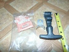 Nos Vintage PPT Passepartout Twin Tracked Vehicle Rubber Hood Latch & Catch