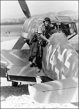 WW2 Photo WWII  German Luftwaffe Me 109 Pilot Bf 109  World War Two / 6140