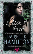 Laurell K Hamilton A Lick Of Frost (Meredith Gentry 6) Very Good Book