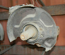 1993 1994 1995 NISSAN PATHFINDER OEM 4X2 RIGHT FRONT SPINDLE KNUCKLE
