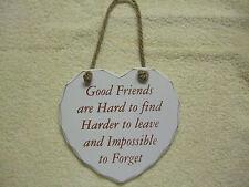 Buenos amigos son difíciles de encontrar en forma de Corazón Shabby Chic Placa-Nuevo Y En Caja