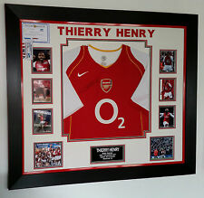 *** rare thierry henry d'arsenal signé shirt luxe légende display ***