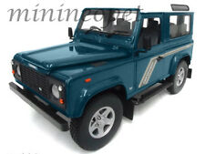 UNIVERSAL HOBBIES 3886 LAND ROVER DEFENDER 90 STATION WAGON 1/18 BLUE