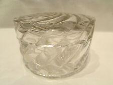 ancienne bonbonniere ronde en cristal torsadé epoque 19 eme