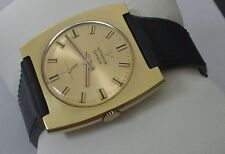 MONTRE HOMME LONGINES WITTNAUER GENEVE RECTANGULAIRE MECANIQUE GOLD FILLED 60'S
