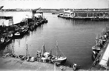 BR50621 L ensemble du port de peche et la base sous marine lorient       France
