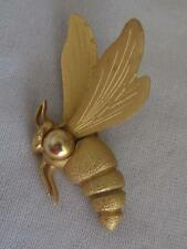 """VINTAGE 3-D FIGURAL BRUSHED GOLD TONE 2.5"""" BEE PIN"""