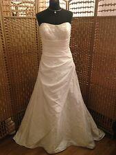 D'arcy Scott Wedding Dress By Berketex UK Size 14-16. Shop Sample.