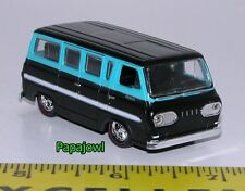 Muscle Machines M2 1965 Ford Falcon Club Wagon 65 Window Van 1:64 Scale