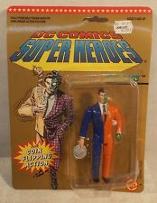 "DC Superheroes By ToyBiz - 5"" Two-Face Harvey Dent Coin Flipping Action (MOC)"