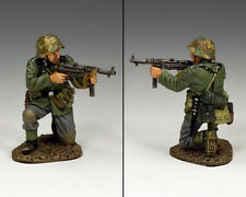 KING AND COUNTRY German Kneeling with Schmeisser WW2 WH41 WH041