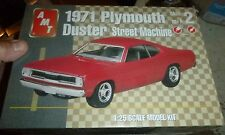 AMT 1971 PLYMOUTH DUSTER STREET MACHINE 1/25 Model Car Mountain KIT FS