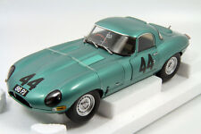Jaguar E Type Lightweight #44 2nd Silverstone 1963 1:18 Paragon PA-98331