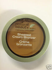 Sally Hansen Natural Beauty Sheerest Cream Bronzer ( Miami Glow Light ) NEW.