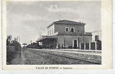 1910 Valle di Pompei - Napoli - interno stazione ferroviaria col treno
