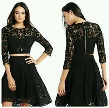 �� GUESS BY MARCIANO EMMY CROP LACE TOP ��