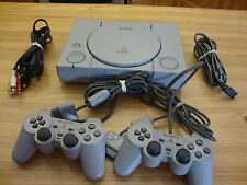 SONY PLAYSTATION 1 CONSOLE  MODEL SCPH 7501 COMPLETE WITH TWO CONTROLLERS