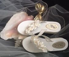 BRIDAL sandals NINA Hilaria WHITE with satin Rosettes Size 9 M 38 FLIP FLOPS low