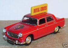 UNIVERSAL HOBBIES UH = NOREV METAL HO 1/87 PEUGEOT 404 ROYAL CIRCUS CIRQUE 1966