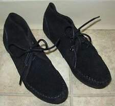 Minnetonka Moccasin Black Ankle Boot Suede Women's Size 10