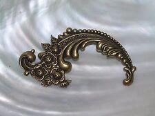 Estate Victorian Style Antique Goldtone Feather Swirl with Roses Pin Brooch –
