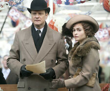 Helena Bohnam Carter and Colin Firth UNSIGNED photo - H2813 - The King's Speech