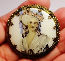 Vintage in Seattle Auction L2 WESTERN GERMANY signed porcelain cameo brooch pin