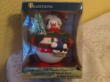 CHRISTMAS TRADITIONS PENGUIN GLASS ORNAMENT COLLECTIBLE HOLIDAY DECORATION