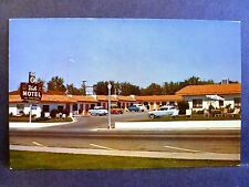 Postcard NV Boulder City Vale Motel 1950's Old Cars