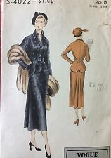 Vintage Original 50s Womens Dress , Suit , Sewing Pattern , Vogue , Bust 30