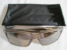 Oakley brown / Sepia frame Mainlink polarized sunglasses.With bag.OO9264-06.