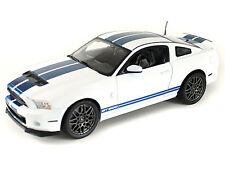 1:18 Shelby Collectibles White 2013 Ford Shelby GT500 Mustang