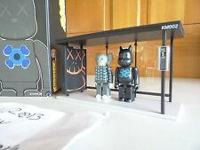 NEW 2002 KAWS ORIGINALFAKE KidRobots Kubrick BusStop series 2 + 100%AUTHENTIC