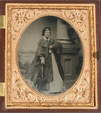 AMBROTYPE WOMAN WITH UMBRELLA, AMBER GLASS, TINTED, CRISP 1/6 PLATE, FULL CASE.