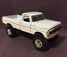 1967 Ford F-100 Lifted 4x4. Custom 1:64 Diecast Farm Truck Diorama M2 Machines