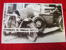 1931 FORD ROADSTER WRECKED  11 X 17  PHOTO   PICTURE