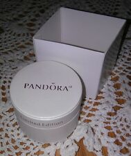AUTHENTIC PANDORA JEWELRY LTD ED CREAMY SATIN ROUND BEAD/CHARM GIFT BOX W/SLEEVE