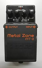 BOSS MT-2 Metal Zone Guitar Effects Pedal YQ61489 2003