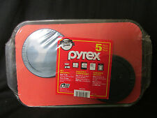 NEW PYREX GLASS BAKEWARE 5 PIECE SET (2 BOWLS, 2 LIDS, 3 QT 9X13 BAKING DISH