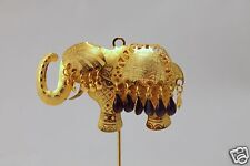 ORNATE GOLD STICK  ELEPHANT HAT ETCHED TIE PIN BROOCH